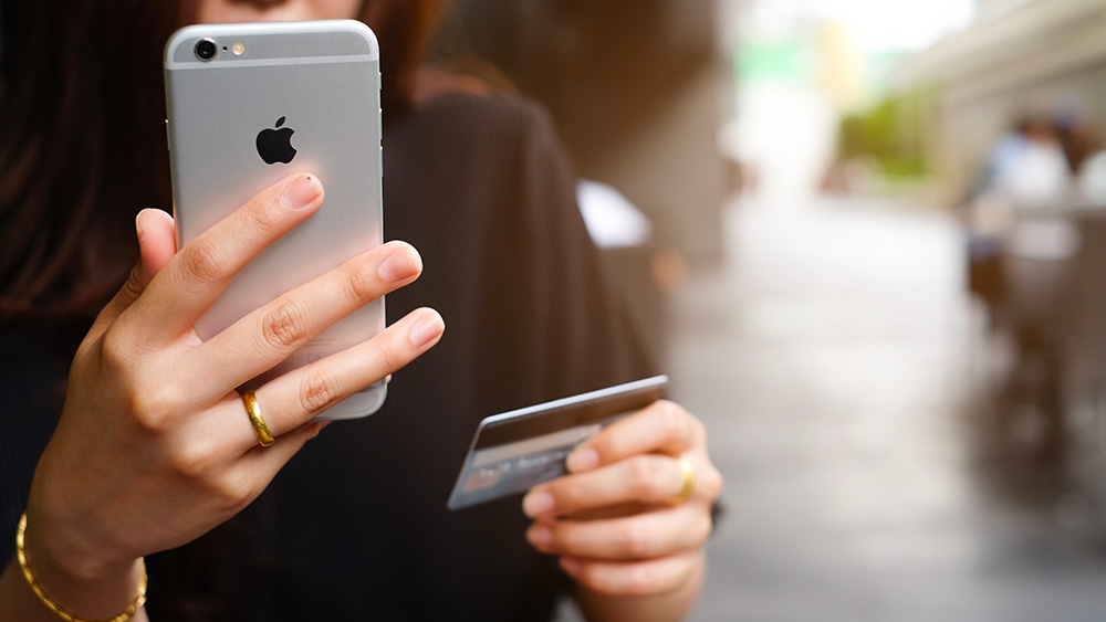 Are we moving towards a cashless society?